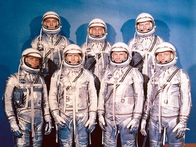 Display project mercury astronauts   gpn 2000 000651