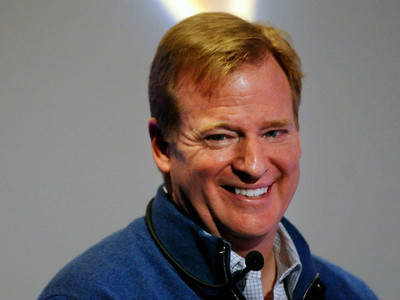 Display roger%2bgoodell%2bdivisional%2bplayoffs%2bhouston%2b2vdiqpuo lpl
